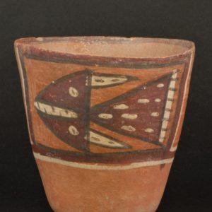 神格化された動物彩画ケーロ型深鉢
