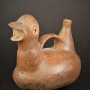 アヒル象形把手付鳴笛壺