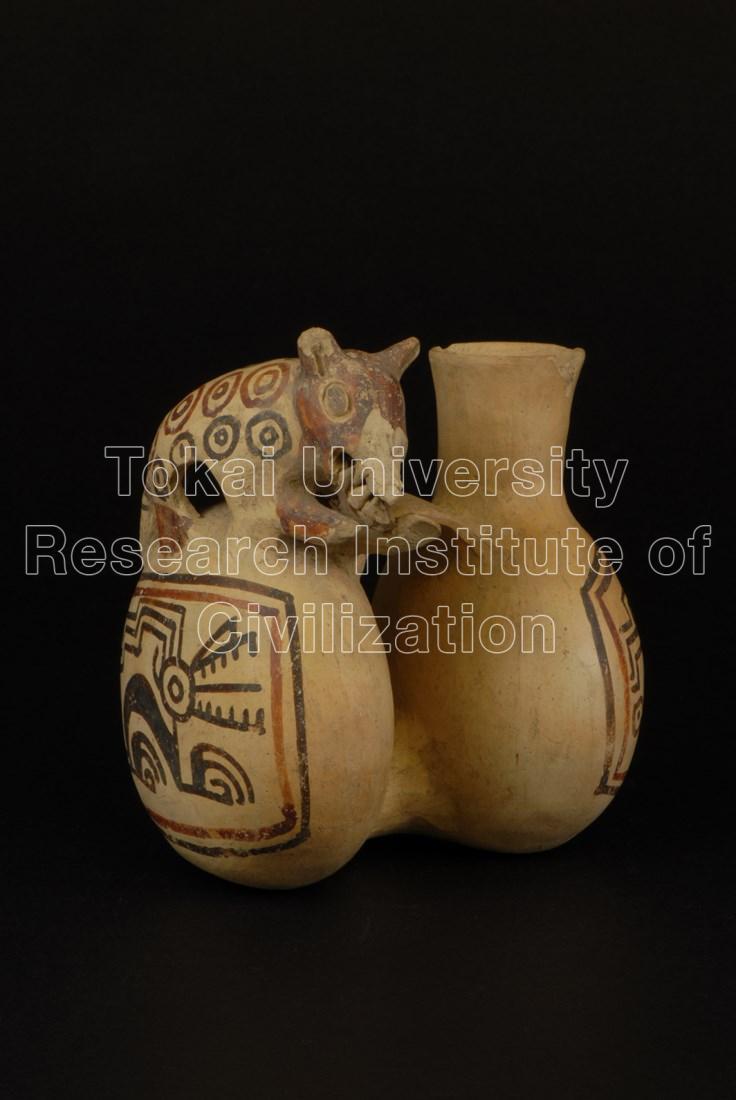 猫科動物飾付双胴壺