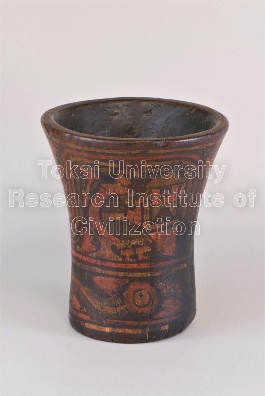 人物彩画木製杯(ケーロ)