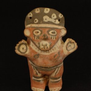 多彩土製女性人形